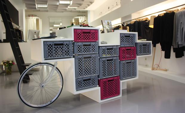 Dise o interior de glore store abre el ojo for Disenos para boutique