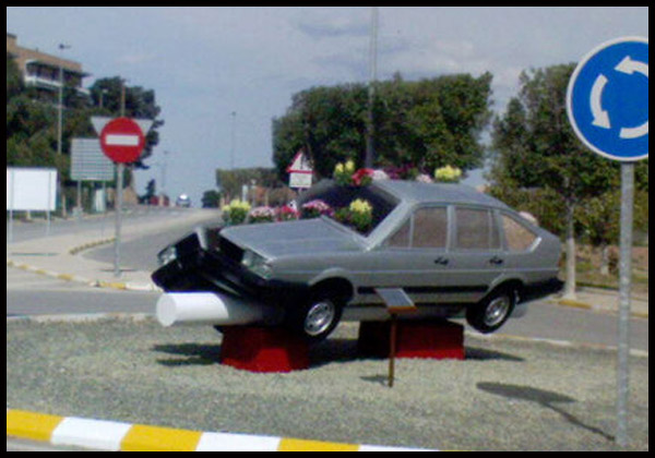 4-El-coche-partio-en-la-Universidad-de-Murcia
