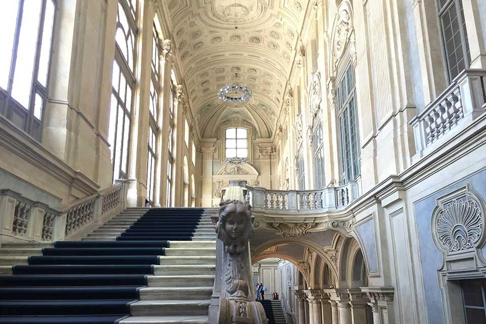 Escalera monumental de Juvarra en Palacio Madama